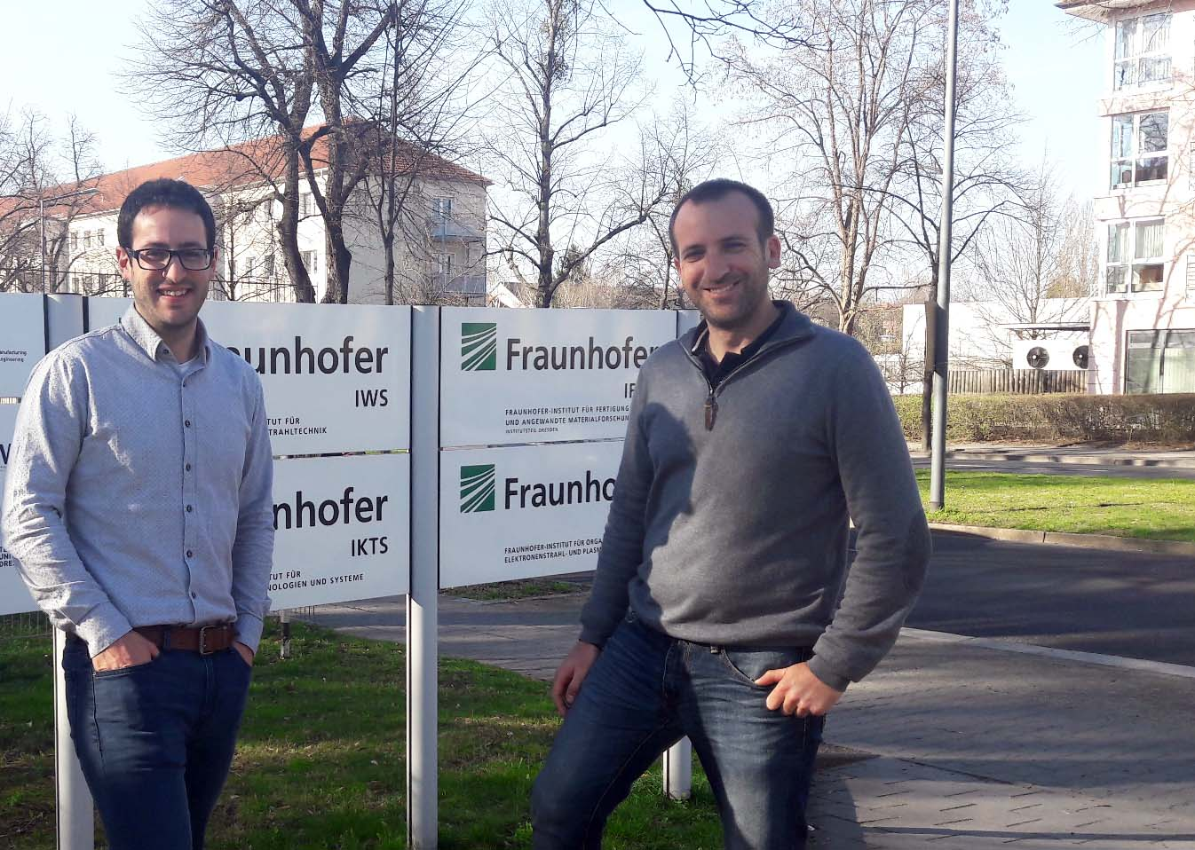 Eloi and Jaume on the Frauhofer headquarters.
